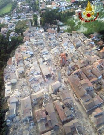 Città di Amatrice distrutta dal terremoto del 24 agosto 2016