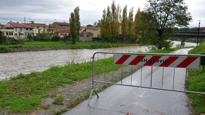 Le piste ciclabili lungo i corsi d'acqua sono CHIUSE